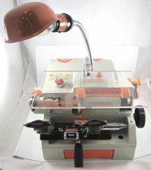 201-D Key cutting machine